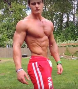 Jeff Seid Flexing When He Was Teenager